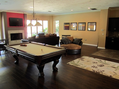 Cobblestone Apartments Clubhouse Pool Table