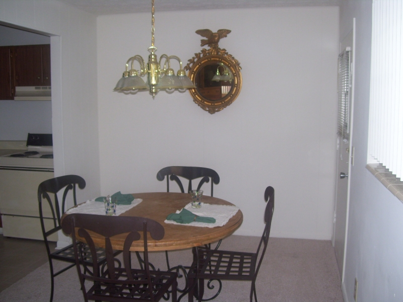 Georgetown Apartments Dining Area 1