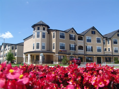 Park Lane Apartments Exterior with Flowers