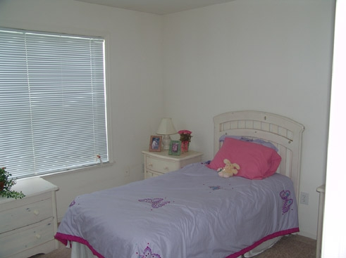The Reserve at Kanapaha Apartments Bedroom