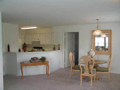 The Reserve at Kanapaha Apartments Living Area 2