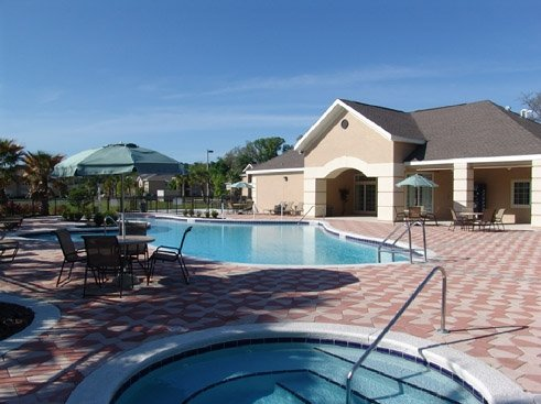 The Reserve at Kanapaha Apartments Clubhouse and Pool