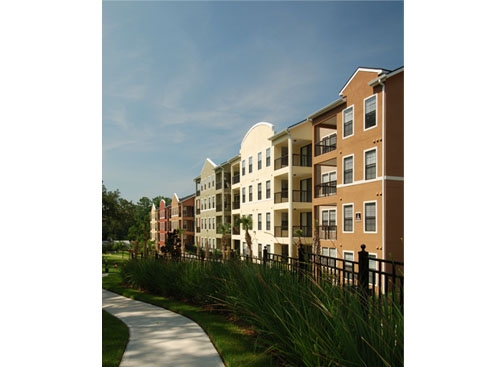 Wildflower Luxury Apartment Homes Exterior with Grounds 2