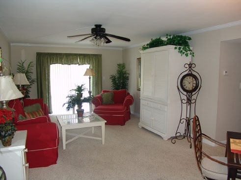 Windmeadows Apartments Living Area 2